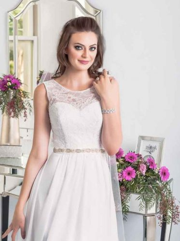 Lee simple beach wedding dresses