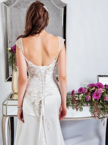 "Red carpet style wedding dress ""the Ava""back"