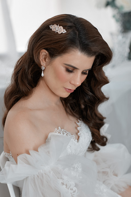 stunning crystal bridal earrings