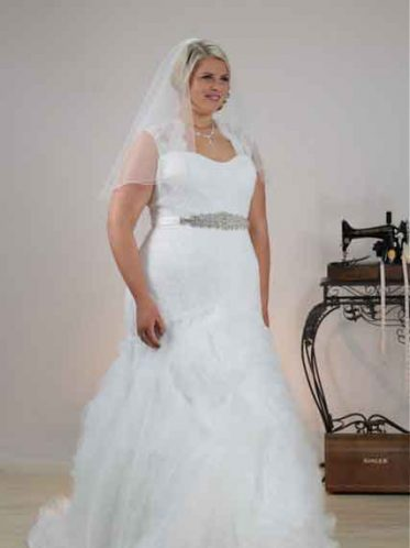 Couture style wedding dress Angie
