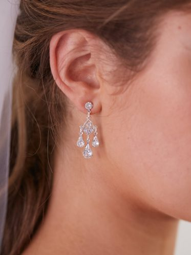 bridal necklace and earrings