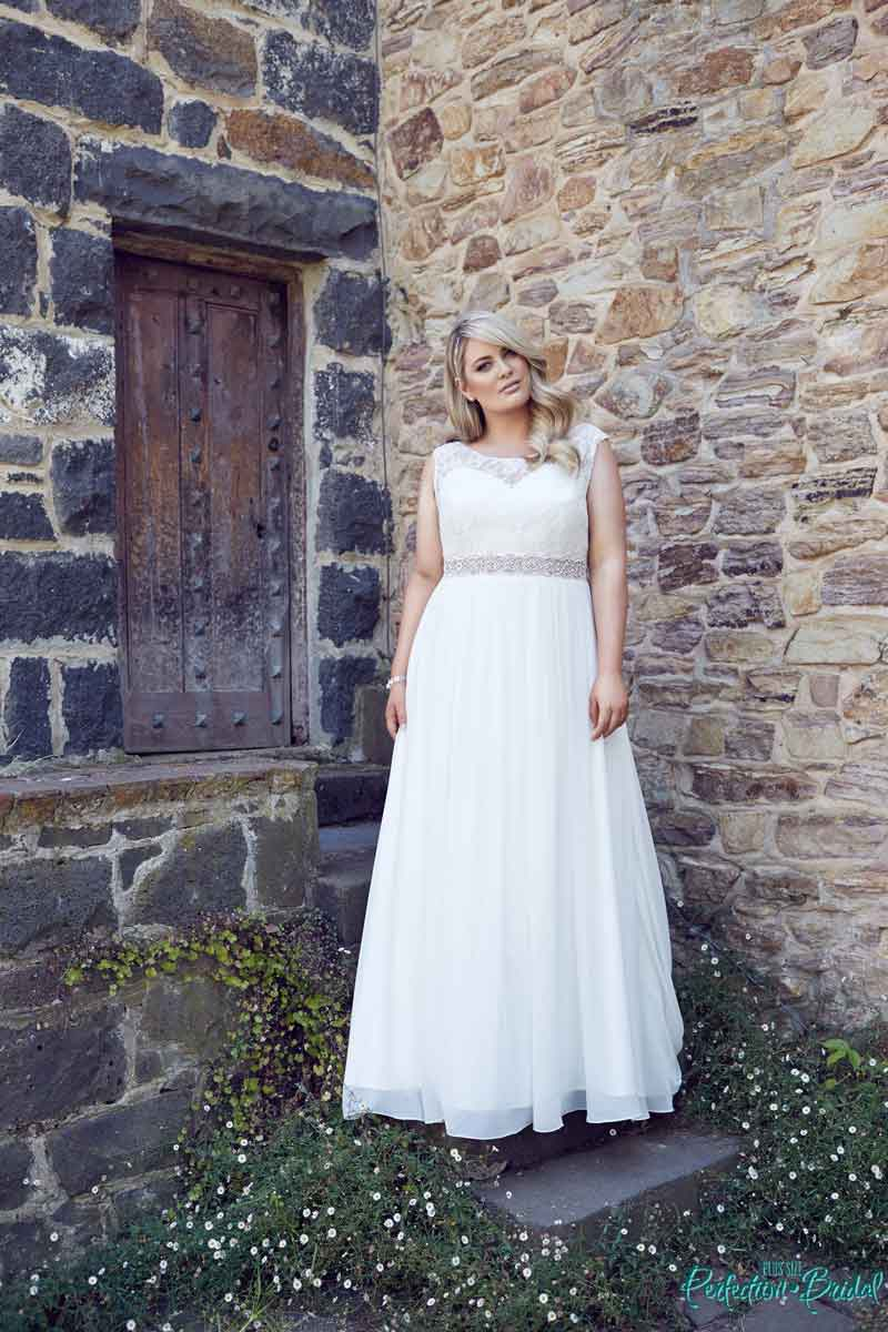 Beach wedding dresses coastal style Lee