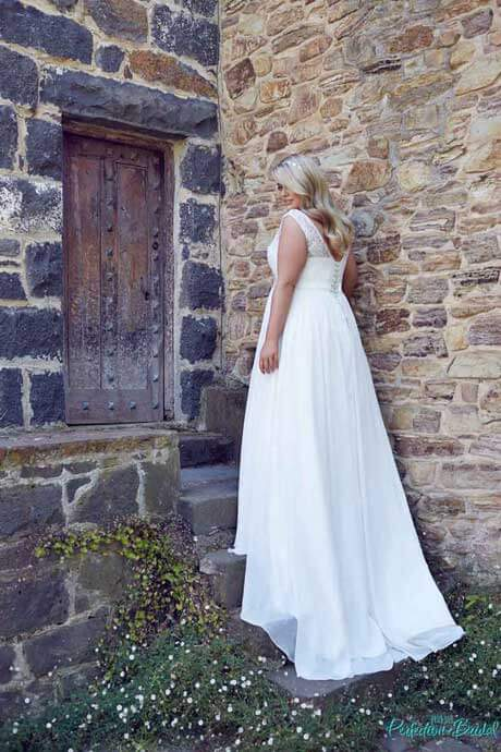 leah s designs Beach wedding dresses with sleeves