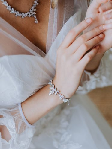 Princess drop bracelet