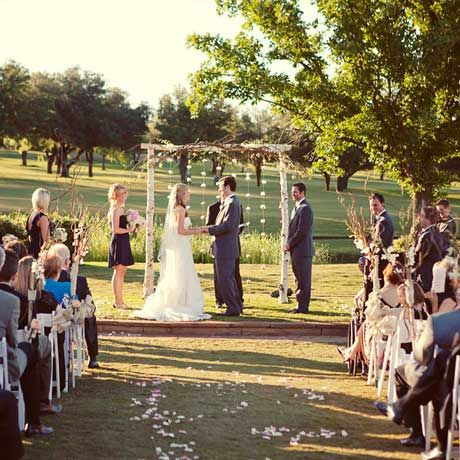 5 tips for writing your wedding vows
