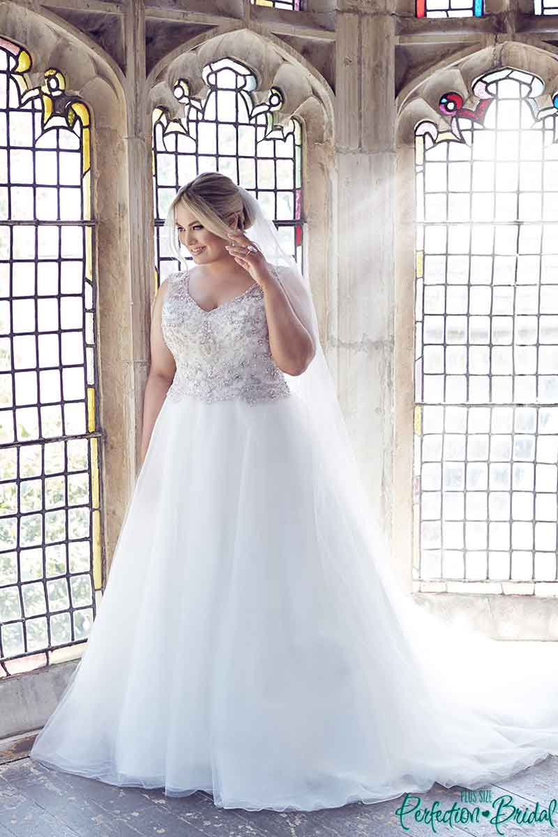 leah s designs Princess Plus Size Wedding Dress - Gwyneth