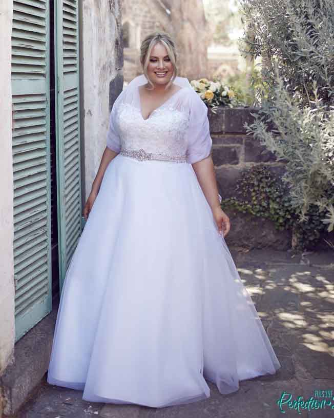 leah s designs Plus size deb dresses Melbourne