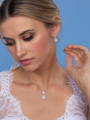 Sophia wedding dress earrings