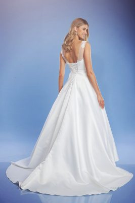 Classic wedding dress the Lisa Anne back