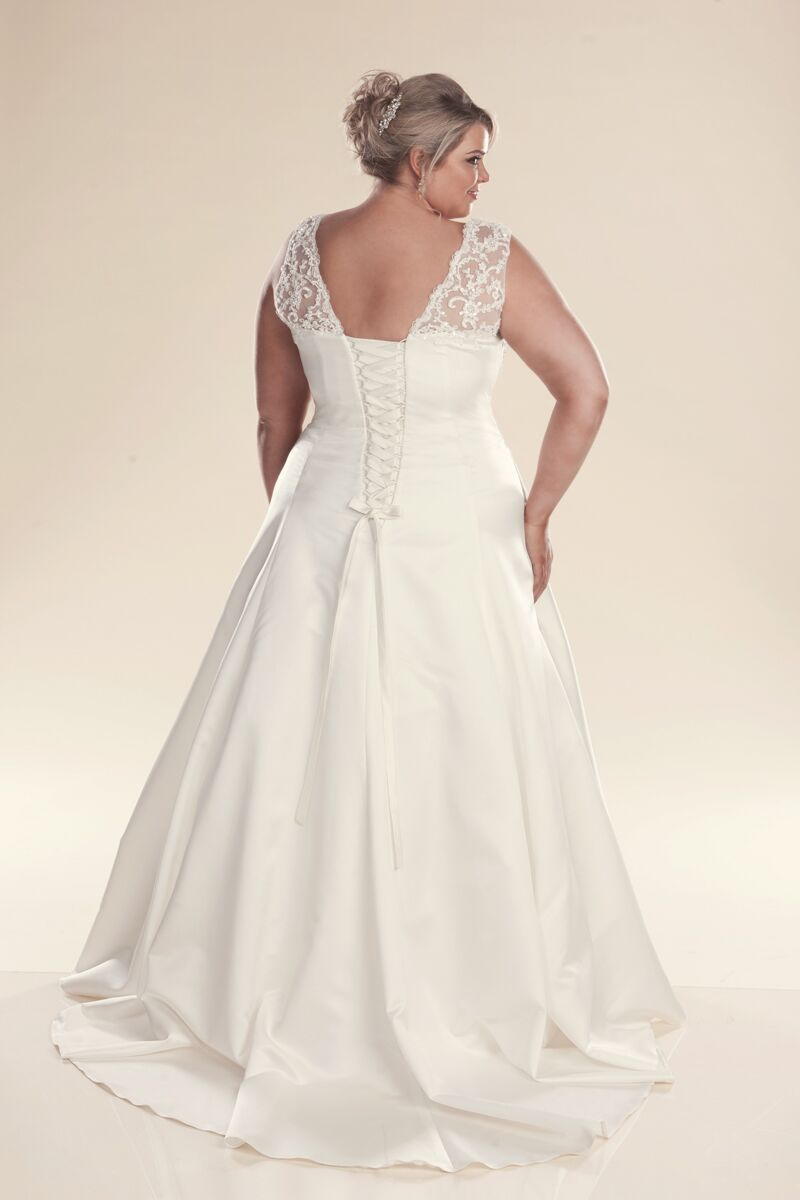 Plus size wedding dress with straps Jenny - Bridal gowns Melbourne af87d40b3b5f