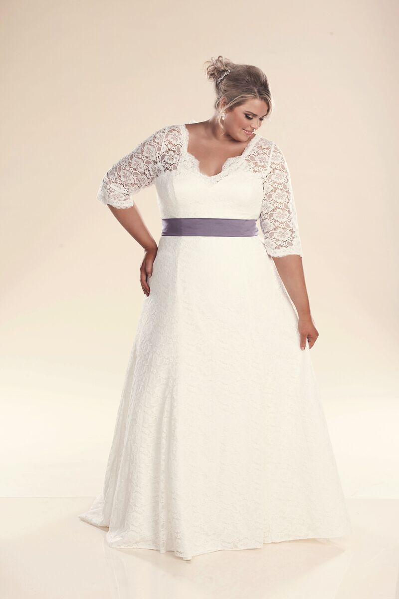 Wedding dresses for plus size with sleeves bridesmaid for Wedding dresses for larger sizes