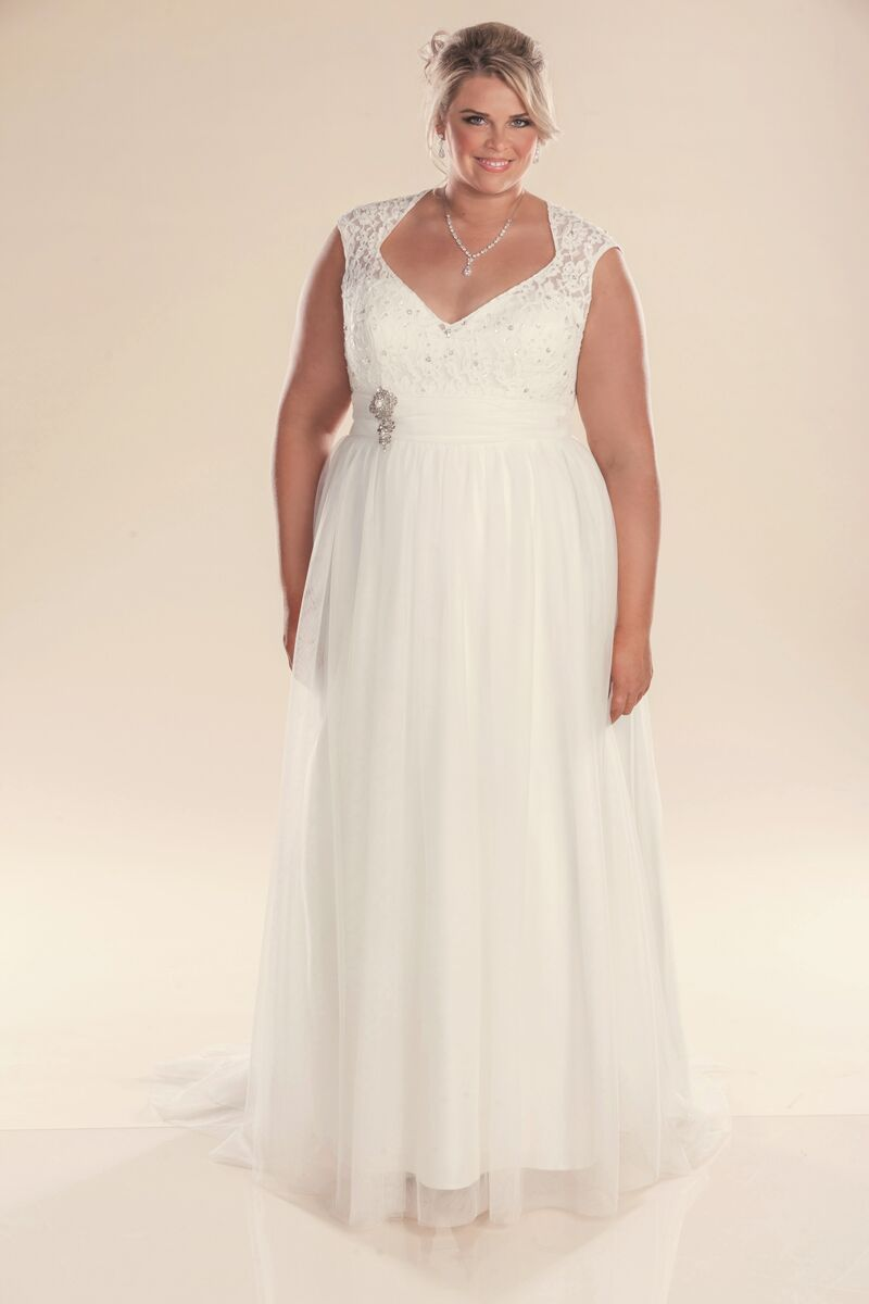 leah s designs plus size bridal gowns Lillian Grace
