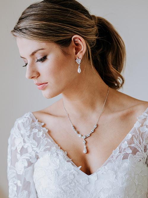 Wedding dress necklace Valentino