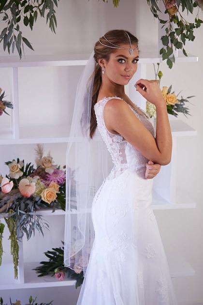Lace-back wedding dress Rosebud