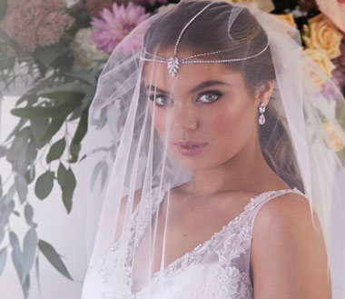 Accessories for bohemian wedding dress
