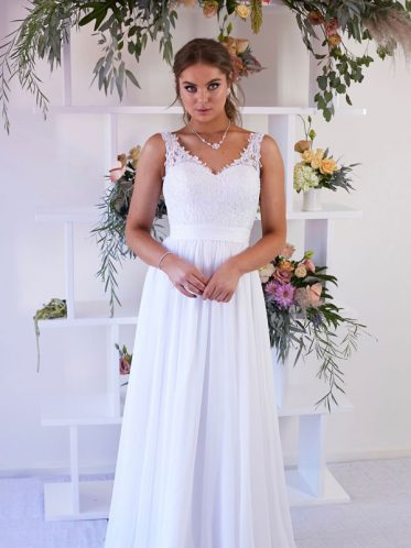 Flure relaxed bohemian wedding dress