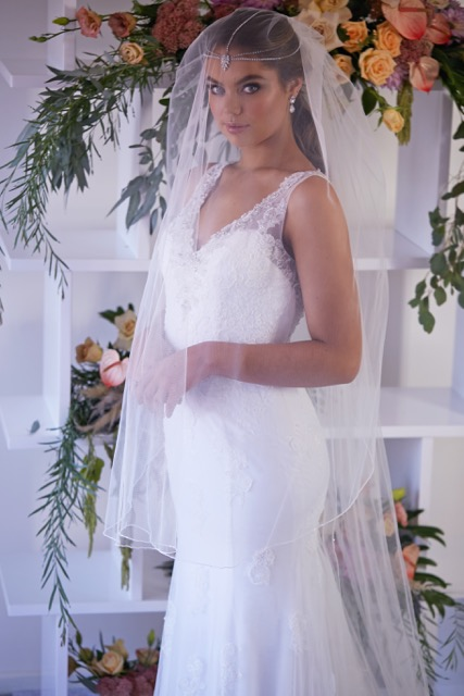 ivory wedding veils in Melbourne