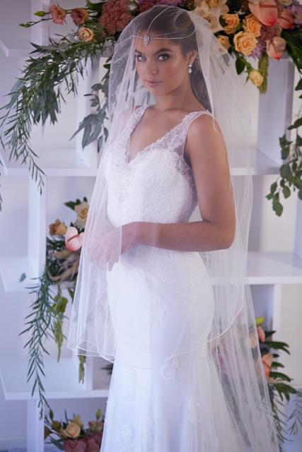 ivory wedding veils in Melbourne