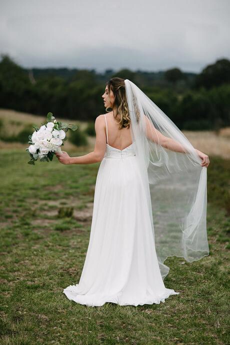 wedding veils in Hallam