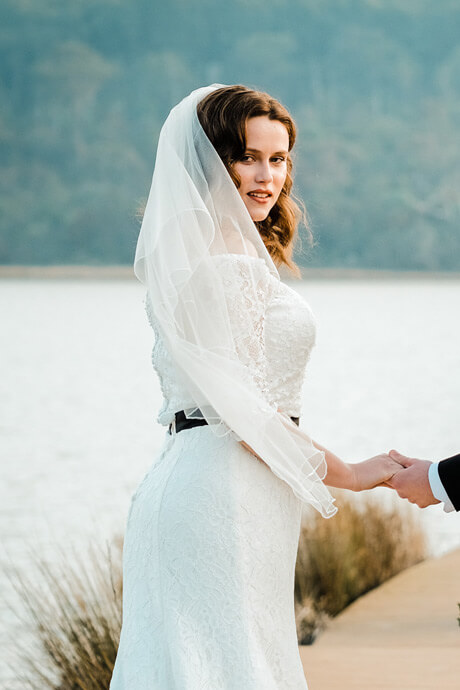 Blusher wedding veils