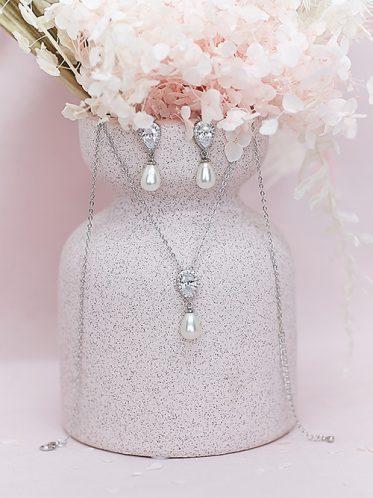 Wedding jewellery in Hallam