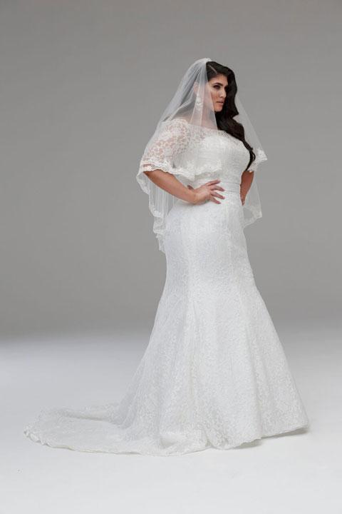 Julia-plus-size-ready-to-wear-wedding-dress