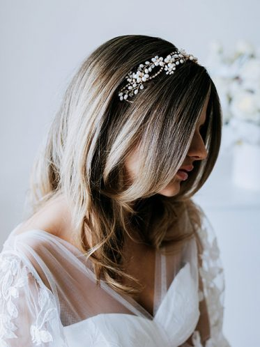 side details of pearl hair piece