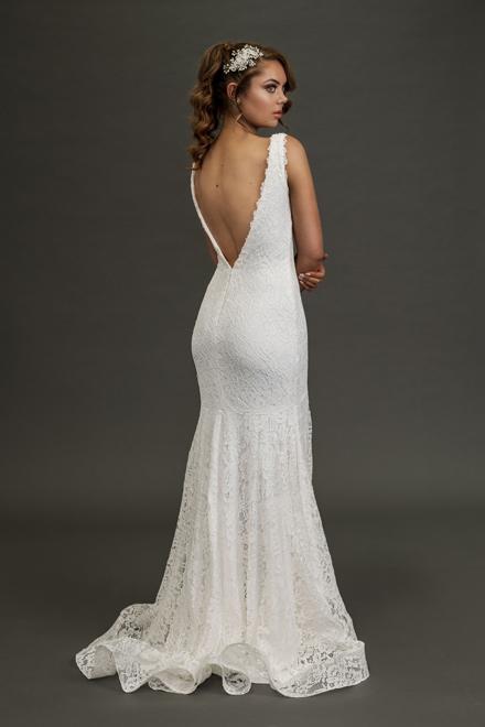 Eildon low back wedding dress