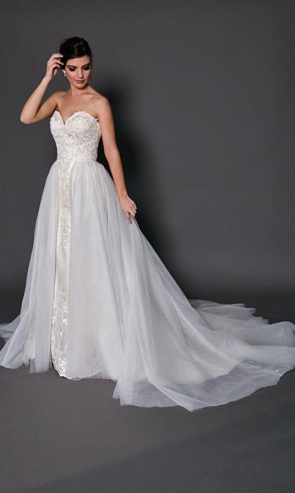 Dion-Detachable-skirt-dresses-for-brides