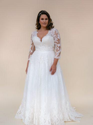 Daphne a modest wedding dress