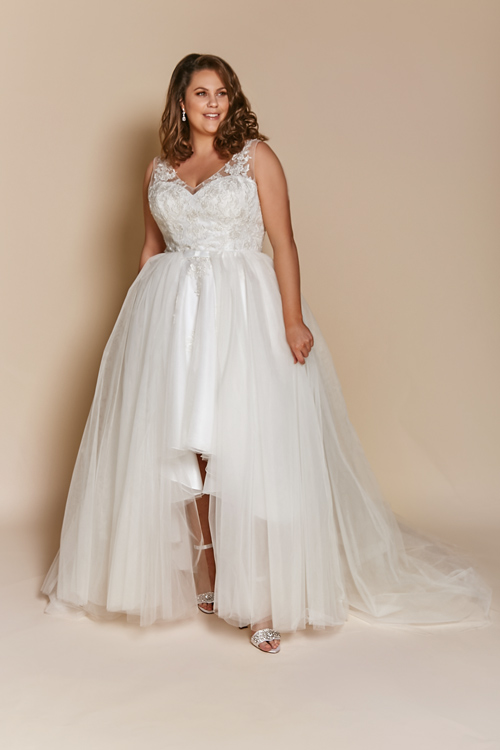 Tulle removable skirt