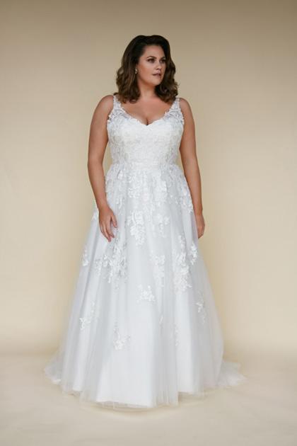 Divine bridal gown aline