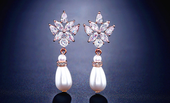 Wedding earrings for summer wedding