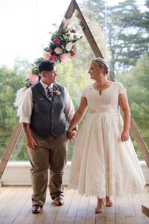 Ashlieghs amazing short wedding dress