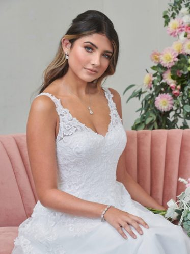 What accessories suit this formal white gown