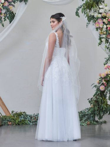 Delta casual wedding dress