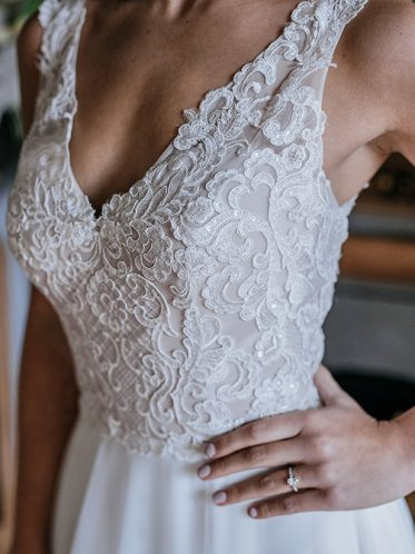 two tone bodice details